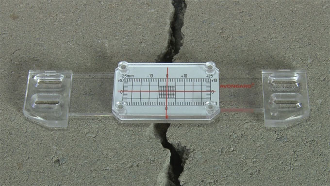 Gilson launches a series of concrete crack monitoring devices