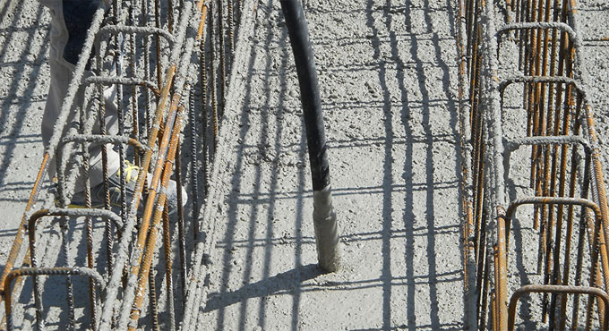 Applications and the types of concrete vibrators